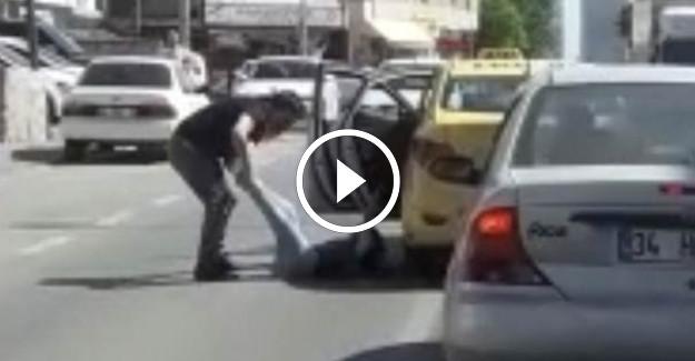İstanbul'da Taksici Dehşeti! Kadın Yolcuyu Bacağından Tutup...