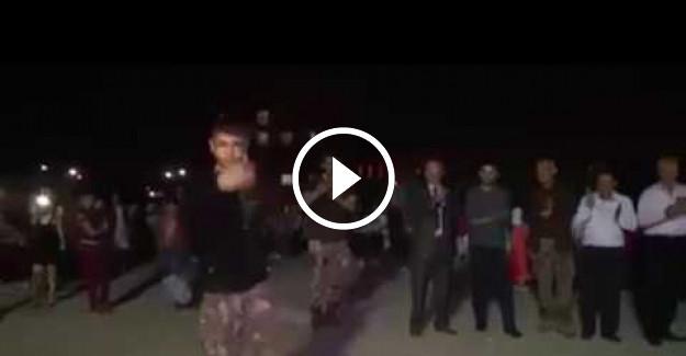 Zeybek Oynayan Özel Harekat Polisi (PÖH) Herkesi Kendine Hayran Bıraktı